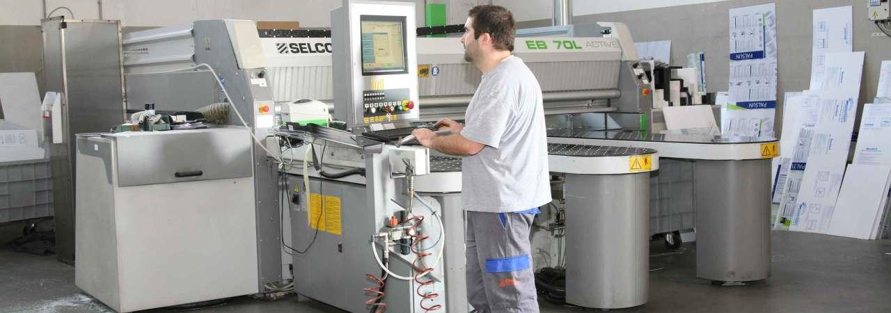 crm engineering é specializzata nella lavorazione dei tecnopolimeri
